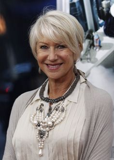 "Oscar-winning Queen Actress, Dame Helen Mirren was named ""Body of the Year"" in a survey commissioned by the LA fitness gym chain, which has more than 80 branches across the UK. Short Hair Older Women, Haircut For Older Women, Short Thin Hair, Short Grey Hair, Short Hair Styles, Mom Hairstyles, Older Women Hairstyles, Short Gray Hairstyles, Haircuts"