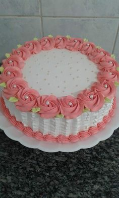 New Birthday Cake Recipe Ideas Butter Ideas Buttercream Designs, Buttercream Cake, Fondant Cakes, Cupcake Cakes, Simple Fondant Cake, Cake Cookies, Easy Cake Decorating, Cake Decorating Techniques, Cake Decorating Tutorials