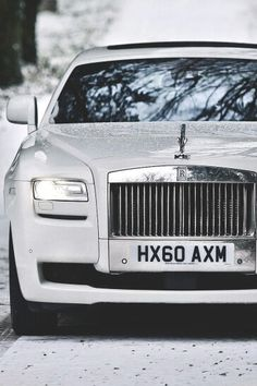 #winter #rollsroyce #white