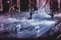 Ultra Cut water cutting, industrialphoto, lightning, photo Mika Tervaskangas / Therwiz Design. Ultra Cut vesileikkaus, teollisuuskuva, kuvaus, valaistus, photoshop, kuva, Mika Tervaskangas / Therwiz Design. #ad #technicalphoto #industrialphoto #Therwiz #MikaTervaskangas #TherwizDesign #layout #poster #photo #photomanipulation