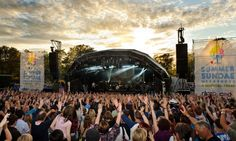 Summer Sundae - Now an established major music festival attracting the cream of new talent as well as the best local acts. Past performers have included Supergrass, Amy Winehouse, Macy Gray, Patti Smith and Elbow.