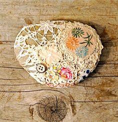 Piedras decoradas con crochet. | Aprender manualidades es facilisimo.com