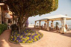 #winniesbar #exterior #lake #view #panorama #lakegarda #gardasee #gardameer #lacdegarde #drink #cocktail #flowers