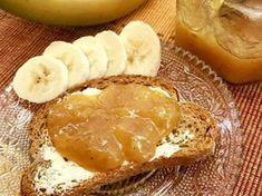 Μαρμελάδα μπανάνα Νόστιμη,εύκολη και διαφορετική!!! Αξίζει να τη φτιάξετε...μπορείτε να τη φάτε με ψωμάκι η να τη βάλετε σε κεικ,τάρτες,κρέπες,βάφλες,σουφλέ σοκολάτας,στο παγωτό σας κ.λ.π Υλικά ·600 γρ. μπανάνες (καθαρό βάρος χωρίς φλούδες) ·400 γρ. ζάχαρη ·100 γρ. χυμό πορτοκάλι (καθαρό,σουρωμένο Vegan Vegetarian, Vegetarian Recipes, Healthy Recipes, Healthy Foods, Sweets Recipes, Desserts, Greek Sweets, Banoffee, Greek Recipes
