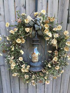 "20"" Tea-Stained Daisy Wreath with Lantern"