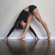 The Alo Yoga Sweat It Trunk #yoga #yogainspiration
