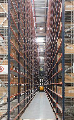 Caso práctico sectorización almacén Schneider Electric en Barcelona – Mecalux.es