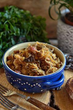 Łatwy bigos pieczony Polish Recipes, My Recipes, Cooking Recipes, Healthy Recipes, Hunters Stew, Good Food, Yummy Food, Eat Smarter, Main Dishes