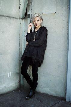 Winter Fashion (Feral Creature)