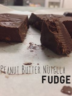 Went to rippedrecipes.com & found Peanut Butter Nutella Fudge to satisfy my chocolate craving. INGREDIENTS: 2 tbsp Nutella 3 tbsp melted coconut oil (I used Trader Joe's) 2 tbsp stevia (can use honey or agave) 4 tbsp chocolate whey (I used Gaspari Nutrition's Probiotic Series) 2 tbsp cocoa 1-2 tbsp peanut butter Mix all but peanut butter together. Line a small Tupperware container with plastic wrap. Pour in mixture. Stir in peanut butter and place it in the freezer for 20-30 minutes. Healthy Fudge, Eat Healthy, Candy Recipes, Yummy Recipes, Nutella Fudge, Tupperware Recipes, Marijuana Recipes, Recipe Using, Cravings