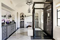22 Luxury Bathrooms in Celebrity Homes Photos | Architectural Digest
