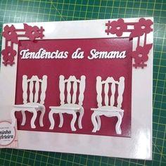 Moldura com 3 cadeiras tendências da semana  ????Ain meo Deoss????  Olha que moldura linda para as Manicures de plantão!!!  As novas decorações para seu salão ficar mas aconchegante para atender suas clientes??