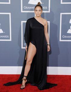 Pin for Later: J Lo sieht von Jahr zu Jahr besser aus – seht ihre Bilder seit den 90er Jahren! 2013