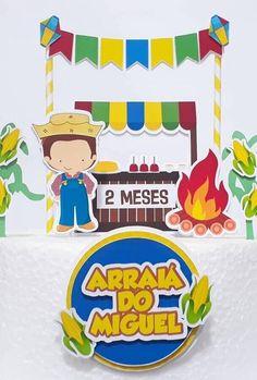 decoração mesversário com tema festa junina #mesversario #festadecriança #festadebebe Baby Schmuck, Cake Toppers, Bento, Scrap, Baby Boy, Babyshower Party, Ariel, 2 Months, Appliques