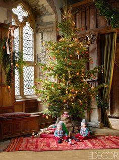 The+Most+Beautiful+Christmas+Trees+We\'ve+Seen+via+@MyDomaine