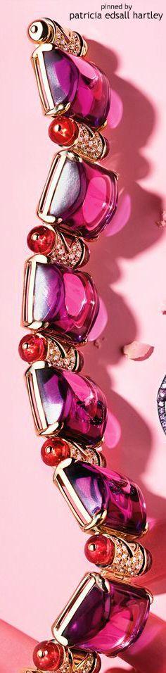 bracelet in pinks