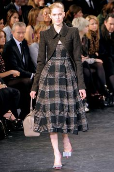My favorite outfit from Fall 2010.  Thanks, Louis Vuitton.