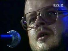 Jacek Kaczmarski Mury Polish Music, Spiritual Songs, Poland, The Past, Online Video, Communism, Country, Youtube, Childhood
