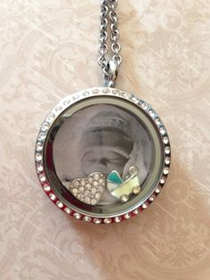 Make a Custom Background to really Personalize your Spirit Locket! Step by step instructions ~
