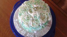 Rose birthday cake in green Vintage Cakes, Birthday Cake, Create, Rose, Green, Desserts, Birthday Cakes, Pink, Roses