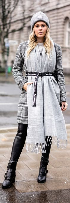 winter outfits new york Coole Winter-Accessoires: - winteroutfits Summer Outfits For Teens, Summer Dress Outfits, Winter Outfits, Look Fashion, Winter Fashion, Fashion Women, Cool Winter, Winter Coat, Acne Studios