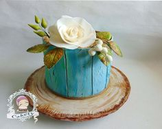 Aged painted wood effect cake - cake by Cakety