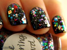 JUST ORDERED THIS! :)  NYE PICTURE PERFECT POLISH!!!!!!!!!!! woo woo woo