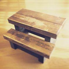 WoodworkMicさんはInstagramを利用しています:「Kreg R3を使って踏み台作りました。ちょっと観葉植物🌿置いてもかわいいんちゃうかなー #古材 #インテリア #ハンドメイド #DIY #家具 #DIY女子 #日曜大工 #vintage #カフェ #リメイク #ガーデニング #creema #follow #happy…」