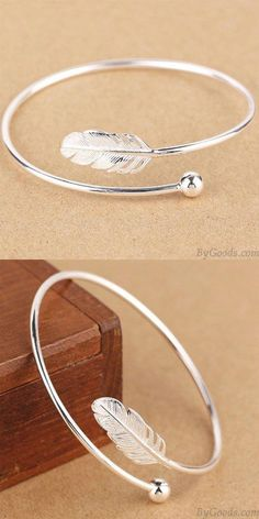 Sweet Silver Women Bangle Feather Adjustable Open Bracelet for big sale! - Sweet Silver Women Bangle Feather Adjustable Open Bracelet for big sale! Silver Bracelets For Women, Silver Bangles, Sterling Silver Bracelets, Silver Earrings, Silver Ring, Earrings Uk, Silver Cuff, 925 Silver, Cute Jewelry