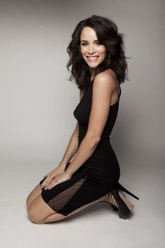 Women of Mad Men: Abigail Spencer (Suzanne) Serie Suits, Suits Tv Shows, Romy Schneider, Abigail Spencer Mad Men, Beautiful Gorgeous, Beautiful Women, Bikini Photos, Look Fashion, Hair Makeup