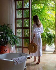 Beautiful Hotels, Most Beautiful, Vacation Style, Elizabeth Taylor, Fashion Bloggers, Warm Weather, Nest, Bathrooms, White Dress