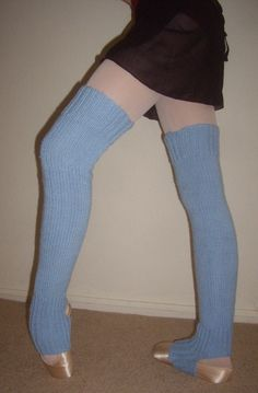Leg warmers are a must-have for dancers, they are great for skaters, and they are a fashion accessory in the winter.  Making your own leg warmers is very easy, if you have basic knitting skills.