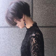 いいね!107件、コメント1件 ― Chikashitsu_✂︎_hamadaeriさん(@ito__hamada_eri)のInstagramアカウント: 「. guest snap✔️ シンプルショート . #short#shortcut#ショートヘア…」 Girl Short Hair, Short Hair Cuts, Pretty Hairstyles, Bob Hairstyles, Haircuts, Shot Hair Styles, Long Hair Styles, Hair Inspo, Hair Inspiration
