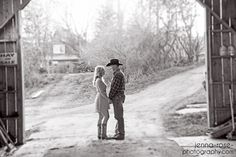 Colorado country engagement | barn | ranch wedding | summer farm wedding | easy engagement session style | boots