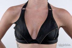 NIGHT RIDER cuero negro Halter Bra superior por JungleTribe en Etsy