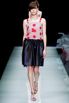 Sfilata Giorgio Armani Milano - Collezioni Primavera Estate 2016 - Vogue