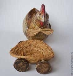Купить Курица на колесах в ретро стиле - коричневый, курица, телега, на колесах, ретро, винтаж, в корзинке