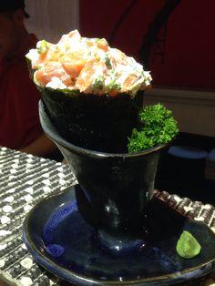 Temaki salmão completo