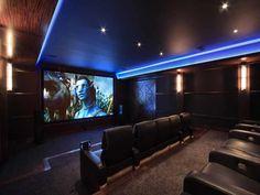 La salle de cinéma d'une propriété de luxe à Atlanta visitée par Justin Bieber.