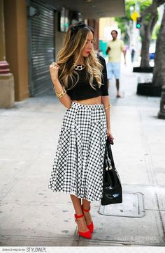 Love the idea of the pieced skirt! Adds interesting texture.
