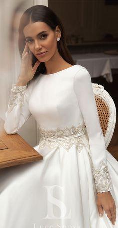 55 Long sleeve wedding dresses for fashion forward brides Summer Wedding Attire, Wedding Dress Trends, Long Wedding Dresses, Bridal Dresses, Wedding Gowns, Wedding Cakes, Boho Wedding, Bohemian Weddings, Wedding Hijab
