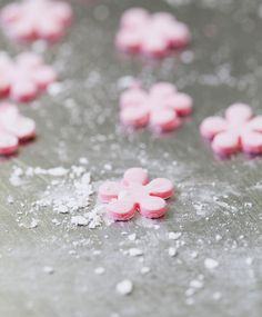 The homemade fondant recipe provided here takes only about 25 minutes to make. (Photo by Jennifer Silverberg)