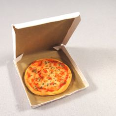 112 Scale Dollhouse Miniature Cheese Pizza by NorthernMiniatures, $10.00