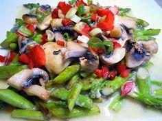 Salat von gebratenem grünen Spargel mit Champignons, ein beliebtes Rezept aus der Kategorie Gemüse. Bewertungen: 17. Durchschnitt: Ø 4,1.