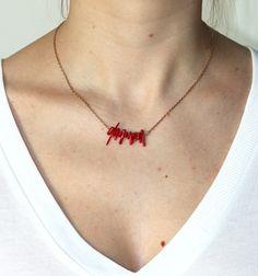 collier ras de cou avec petits coraux rouges - Juste Juliette