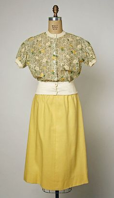 Christian Dior haute couture blouse top and skirt Secondary Line, Colifichets ensemble from 1962-1964 by designer Marc Bohen. Made from embroidered flower floral cotton linen. House of Dior.