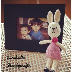 Frame withn amigurumi ornament