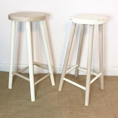These #furniturebyzoe antique white and butterscotch stools are finished and going up for sale this afternoon! They are painted in #rustoleum #chalkpaint and double varnished for durability #takemehome