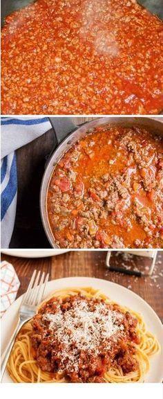 Bolognese sauce for noodles Kitchen Recipes, Cooking Recipes, Healthy Recipes, Italian Recipes, Mexican Food Recipes, Ethnic Recipes, Sauce Bolognaise, Spaghetti, Deli Food