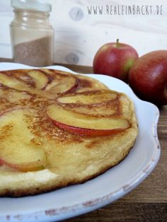 Omas Apfel-Pfannkuchen mit Zimtzucker und Ahornsirup | Foodblog rehlein backt
